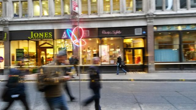 london-busy-liverpool-street